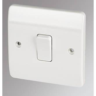 MK 1-Gang 2-Way 10AX Light Switch White   Switches & Sockets ...:MK 1-Gang 2-Way 10AX Light Switch White   Switches & Sockets   Screwfix.com,Lighting