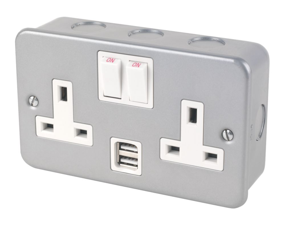 13A 2-Gang Double-Pole Metal-Clad Switched Socket & 2.1A 2G USB Charger