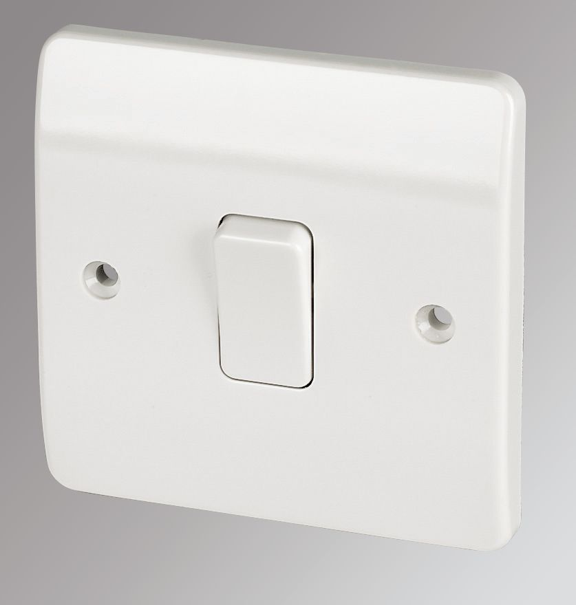 MK 1-Gang 2-Way 10AX Light Switch White