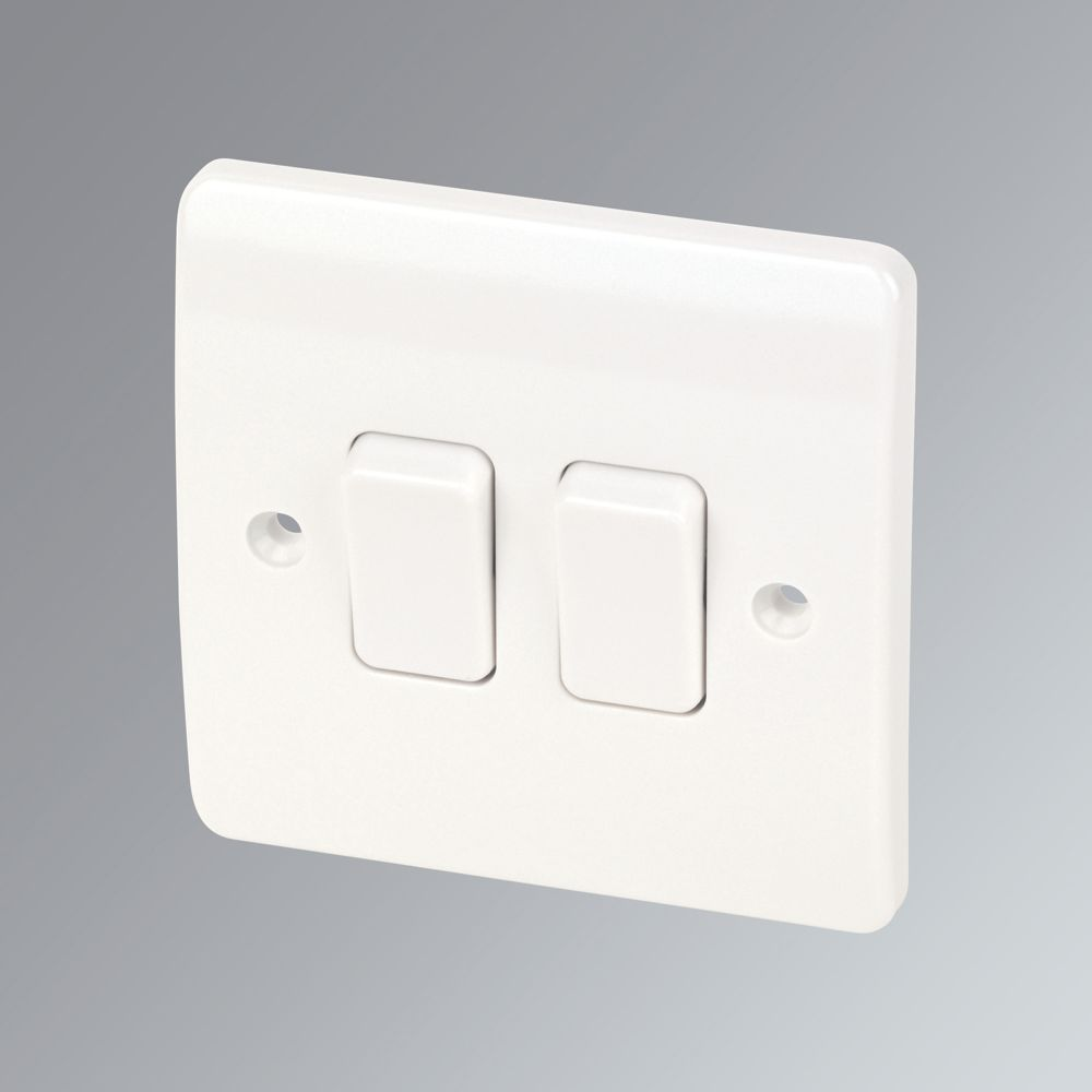 MK 2-Gang 2-Way 10AX Light Switch White