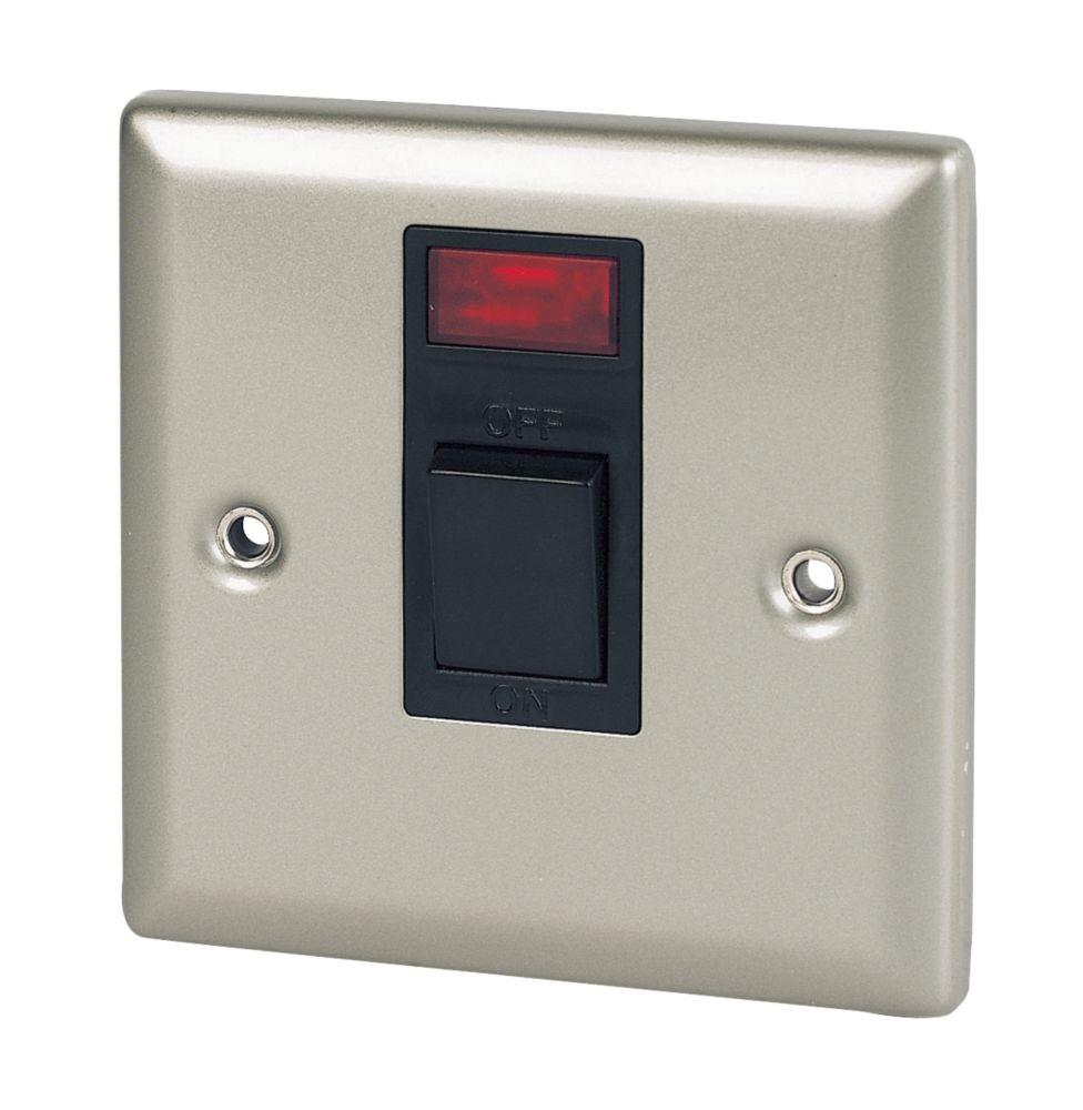 Volex 20A DP Switch + Neon Blk Ins SC Angled Edge