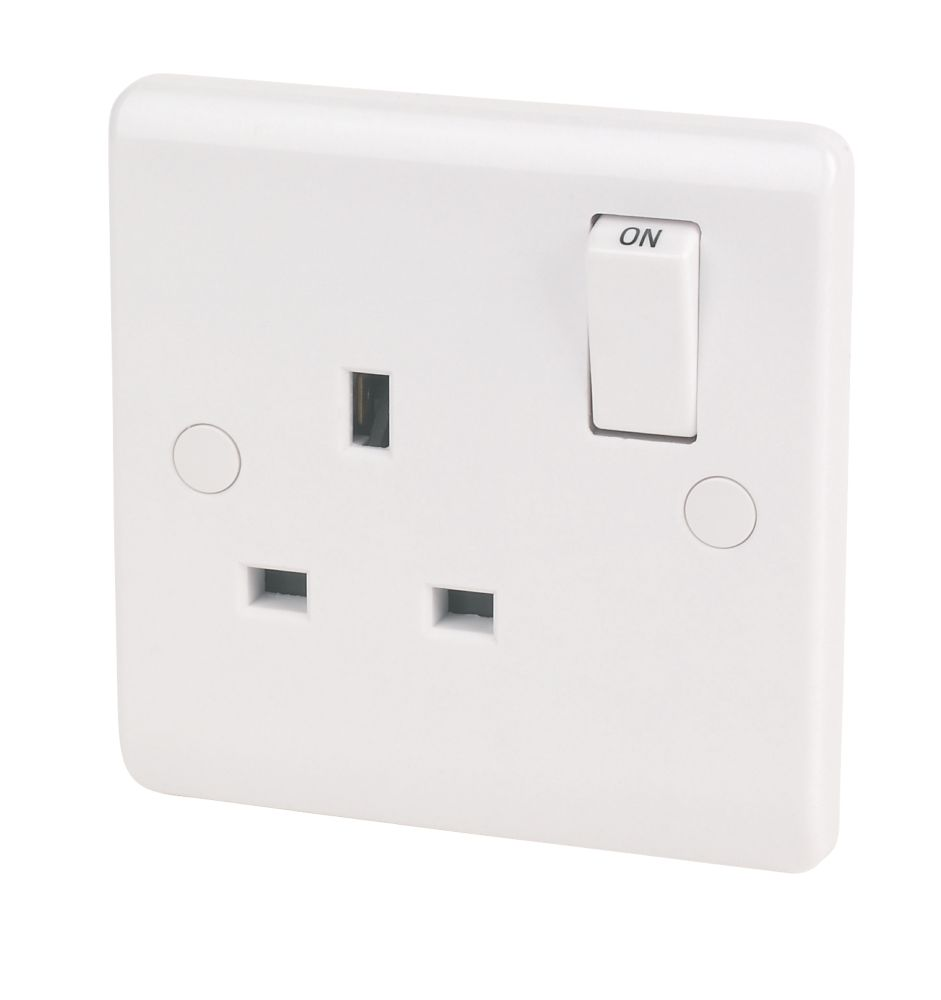 LAP 13A 1-Gang SP Switched Plug Socket White