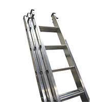 Lyte  SF3IN30 Triple Extension Ladder 11 Treads Max. Height 7.46m