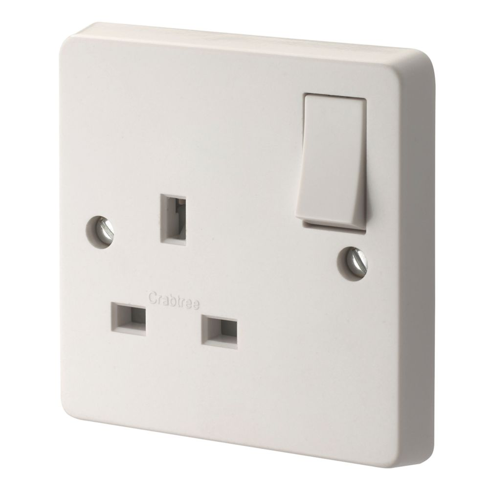 Crabtree 13A 1-Gang DP Switched Socket