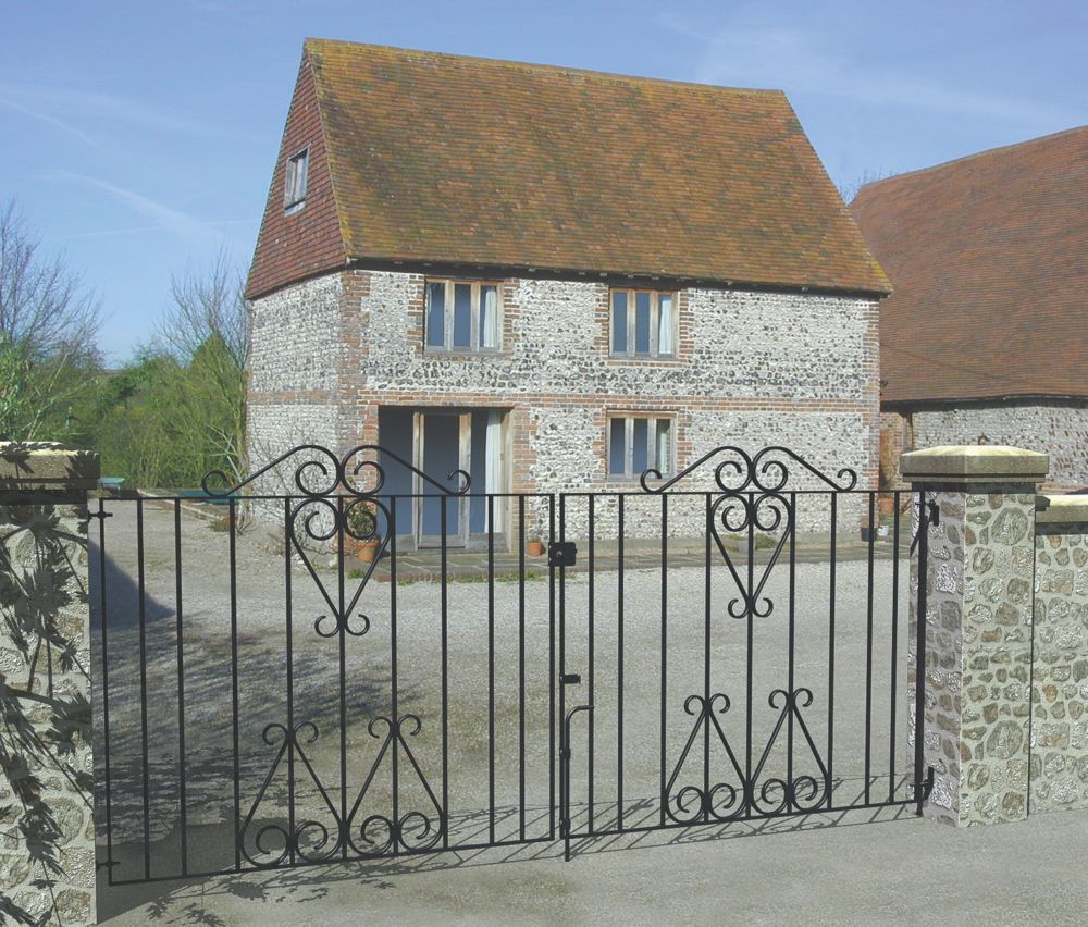 Metpost Ludlow Double Gate Black 1275 x 930mm