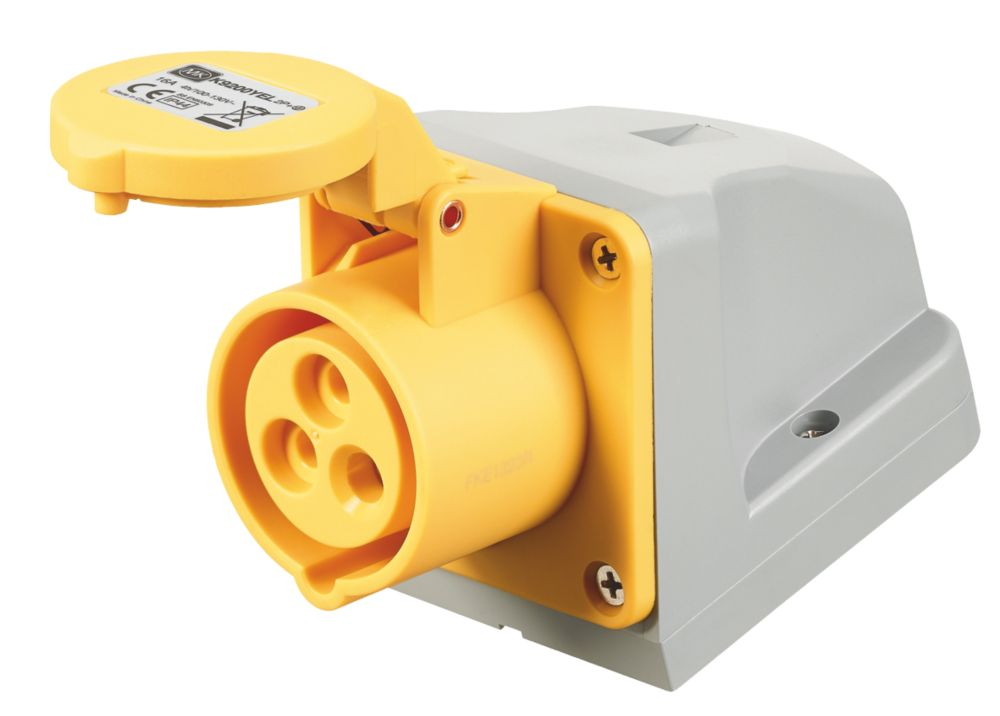 100-130V MK Commando Interlocked Angled Socket 2P+E (IP44)