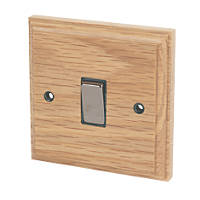 Varilight 1-Gang 20A DP Switch Classic Oak