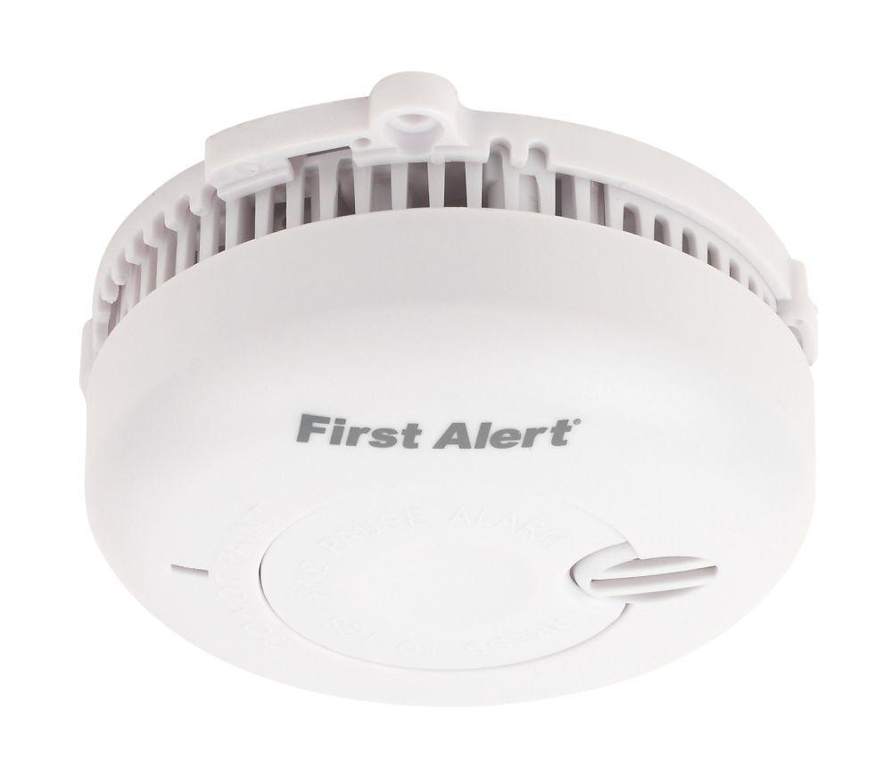 First Alert Optical Smoke Alarm