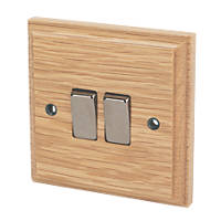 Varilight 10A SP 2-Gang 1/2-Way Switch Classic Oak