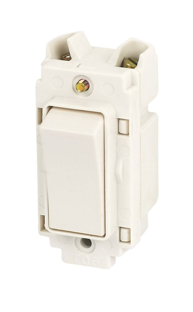 Crabtree 10A Retractive Switch