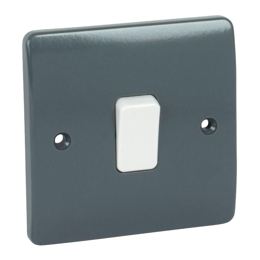 MK Logic Plus 1-Gang 1-Way 10AX SP Light Switch Graphite