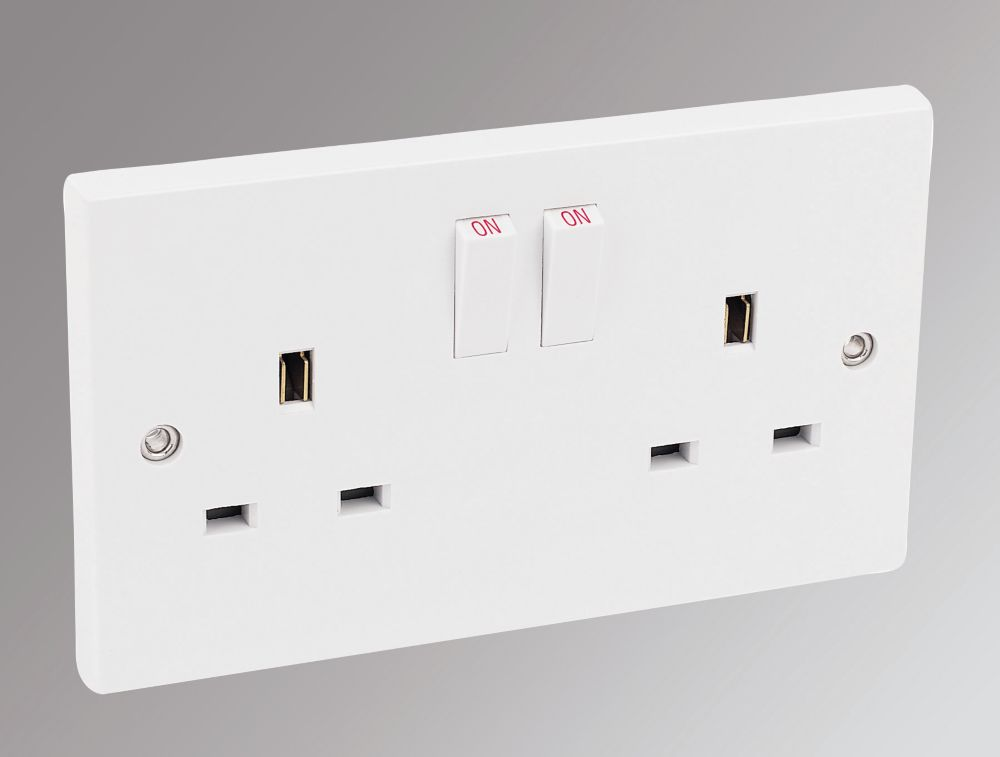 Marbo 13A 2-Gang SP Switched Plug Socket White Pack of 30