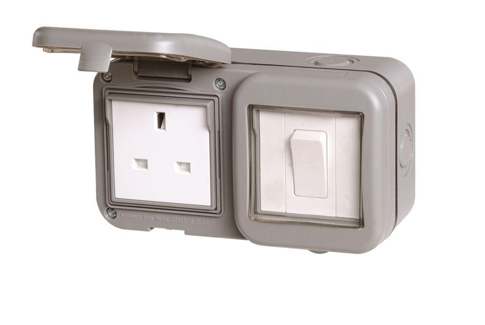 LAP 13A 1 Gang Switched Socket IP55 240V