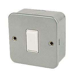 1-Gang 2-Way Switch Metal Clad