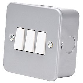 3-Gang 2-Way Switch Metal-Clad