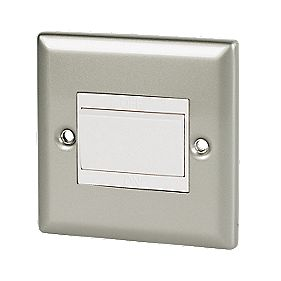 Volex 10A Fan Isolating Switch Wht Ins SC Angled Edge