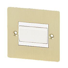 Volex 10A Fan Isolator Switch Wht Ins BB Flt Plt