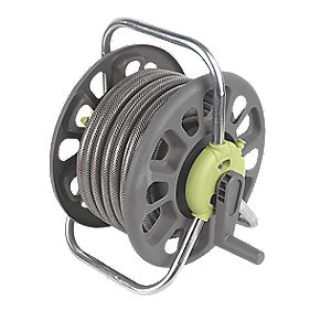 B and Q Hose Reel & Hose 25m