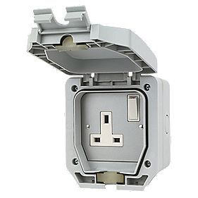 LAP 13A 1-Gang DP Switched Plug Socket