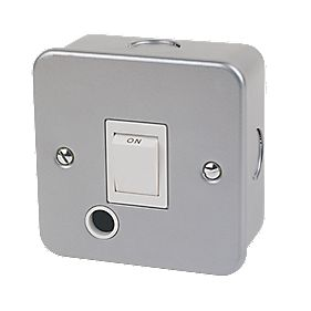 20A Double Pole Switch + Flex Outlet Metal-Clad