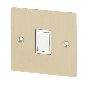 Volex 10AX Intermediate Switch White Ins B/Br Flt Plt