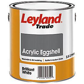 Leyland Trade Acrylic Eggshell Emulsion Paint Brilliant White 2.5Ltr