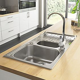 Astracast Alto Stainless Steel Reversible 1½ Bowl Kitchen Sink with Drainer