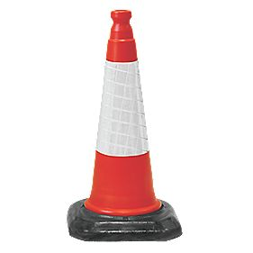 JSP Dominator Two-Piece Cones 690mm Pack of 4