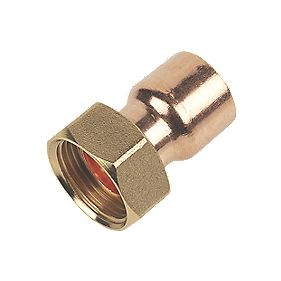 End Feed Straight Tap Connector 22mm x ¾""