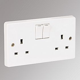 Crabtree 13A 2-Gang Single Pole Switched Socket Pack of 50