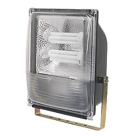Trac Bulldog Floodlight & Photocell 84W