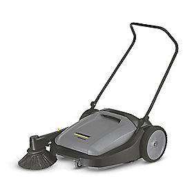 Karcher KM70/15 W 20Ltr Manual Push Floor Sweeper V