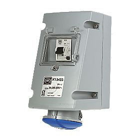 MK Commando Interlocked Angled Socket 2P+E 32A RCD 200-250V (IP44)