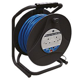 Masterplug 'Anti-Twist' Cable Reel 2G 240V 40m