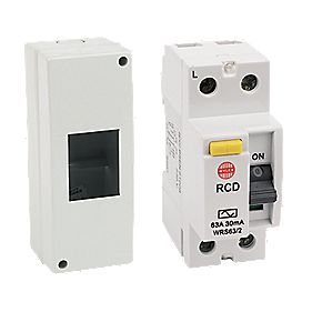 Wylex Fully Insulated RCD Shower Consumer Unit