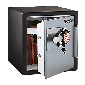 Sentry OA3807 Water Resistant Electronic Fire Safe Medium 415 x 491 x 453mm