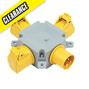 MK Commando Interlocked Straight Socket 3-Way Adaptor 2P+E 100-130V (IP44)