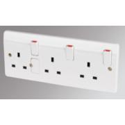 MK 13A 3-Gang DP Switched Plug Socket White