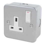 13A 1-Gang Single Pole Switch Socket Metal-Clad