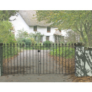 Metpost Montford Double Gate Black 1275 x 935mm