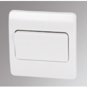 MK 1-Gang 2-Way 10AX Light Switch with Wide Rocker White