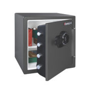 Sentry Safe 34.8Ltr Water Resistant Combination Fire Safe 415 x 491 x 453mm