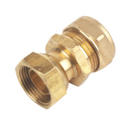 Straight Tap Connector 22mm x ¾
