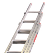 Lyte DIY Triple Extension Domestic Ladder 11 Rungs Max. Height 7.92m