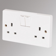 Crabtree 13A 2-Gang Single Pole Switched Socket