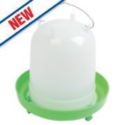 Stockshop Wolseley Plastic Poultry Drinker Green & White 8Ltr