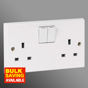 Volex 13A 2-Gang SP Switched Socket