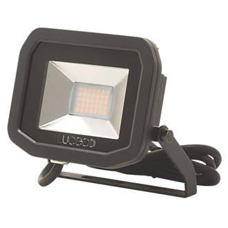 Image of Luceco LFS18B150 LED Slim Floodlight 22W Black Cool White