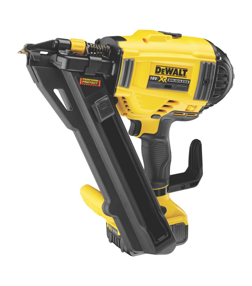 Image of DeWalt DCN694P2-GB 40mm 18V 5.0Ah Li-Ion XR First Fix Positive Placement Metal Connecting Nailer