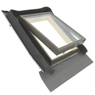 Image of Tyrem Manual Top-Hung Lacquered Natural Pine Skylight Clear 440 x 550mm